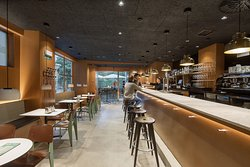 Yoldi Restaurante - Cafe Bar