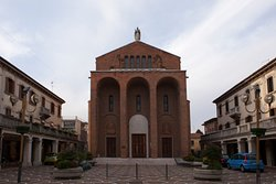 Parrocchia Santa Maria Immacolata di Lourdes