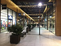 ONE Fashion Outlet Voderady