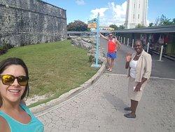 Bahamas A Sus Ordenes