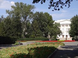 Square named after S.M. Kirov