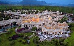 The Oberoi Sukhvilas Resort