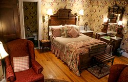 Cornell Inn Lenox