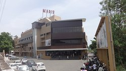 LA Ciemas (Maris Theater), Trichy