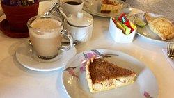 Enchanting cafe!!