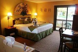 Baker's Sunset Bay Resort