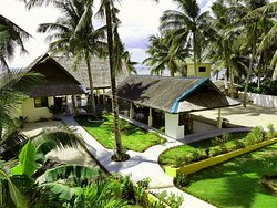 Lanas Beach Resort