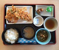 อาหารกลางวัน Nihondaira Park