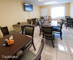 Breakfast Area at the Baymont Inn & Suites Pigeon Forge