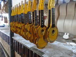 ‪Alegre Guitar Factory‬
