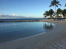 hotel side beach