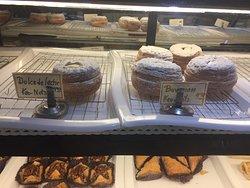 Biancas La Petite French Bakery