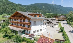 Dolomit Family Resort Alpenhof