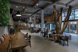 9Station Coffee & Bar