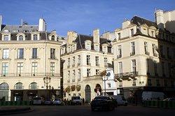 Rue Etienne Marcel