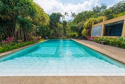 Lake Arenal Hotel & Microbrewery