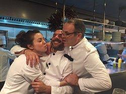 El personal del Bar Cañete es tan ESPECTACULAR como la comida que sirven. Trato inmejorable!!! V
