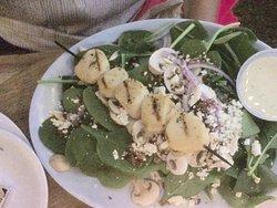 La Mariana - Spinat-Salat mit extra Scallops (Muscheln)