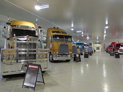 ‪Road Transport Hall of Fame‬