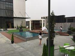 CONSTRUCTION hotel