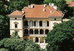 Villa Decius