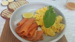 Scrambled eggs and smoked trout