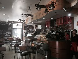 Gina's Cafe de la Casa