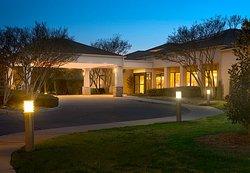 Courtyard Dallas Addison/Midway