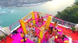 Divine Resort