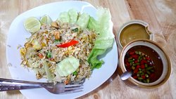 Grazie thai local food