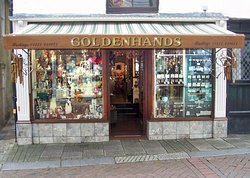 Goldenhands
