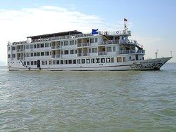 Huong Hai Sealife Day Cruise