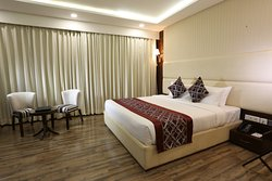 Clarks Inn Suites - Gwalior