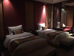 Xinyi Qixiu Hotel