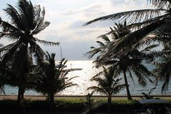 Come and enjoy our Spectacular beachfront view