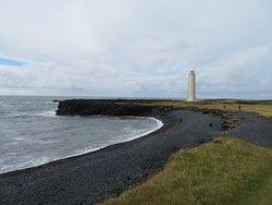 Malariff lighthouse near Londrangar cliffs