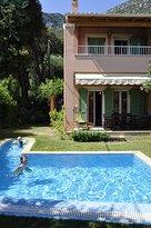 La Riviera Barbati Seaside Apartments