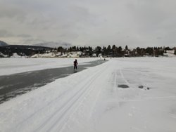 Windermere Lake Provincial Park