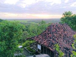 Watu Lumbung Hill