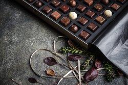 48 truffle box