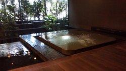 Vestuario, hidromasaje y sauna
