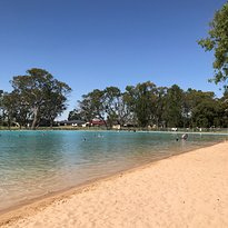 Naracoorte Swimming Lake