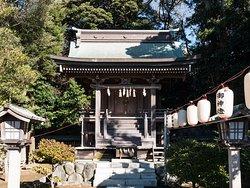 Katase Suwa Shrine