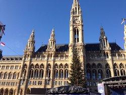 Piazza del Municipio (Rathausplatz)