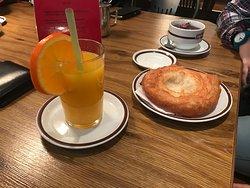 Schmalznudel - Cafe Frischhut
