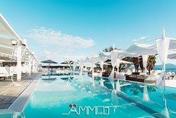Ammot Cafe