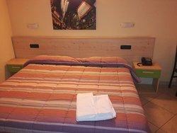 Gerry Hotel