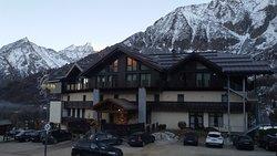 Hotel Adamello