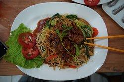 Tomato - Pad Thai