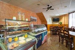 Bar-Cafeteria Son Caulelles